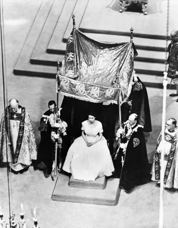 Queen Elizabeth Ii Canopy
