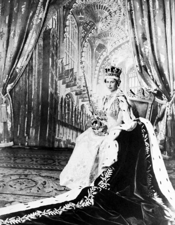Queen Elizabeth Ii Official Coronation
