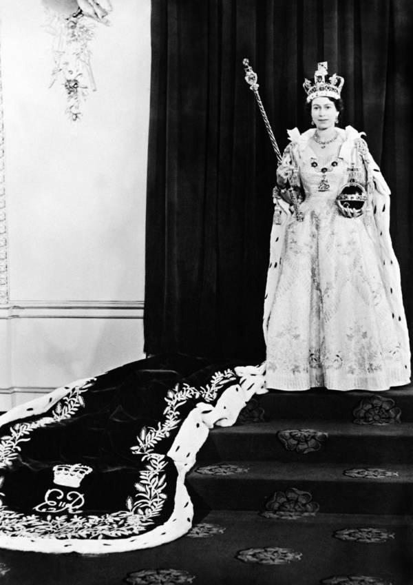 Queen Elizabeth Ii Royal Sceptor
