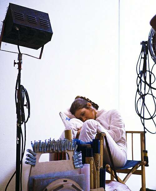 Carrie Fisher Napping On Set Of Star Wars