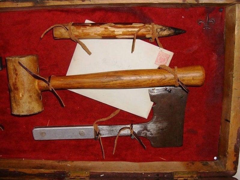 Vampire Kit Axe