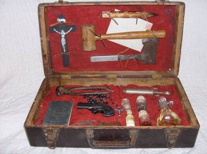 Vampire Kit Open