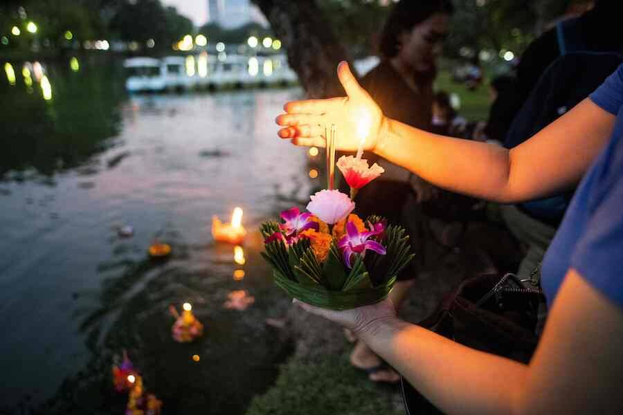 Flower Loy Krathong
