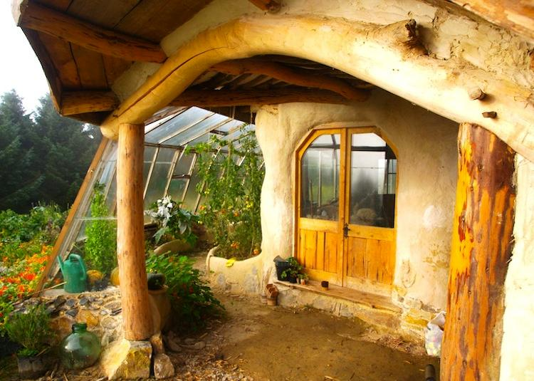Exterior of Eco-Friendly Hobbit House Picture
