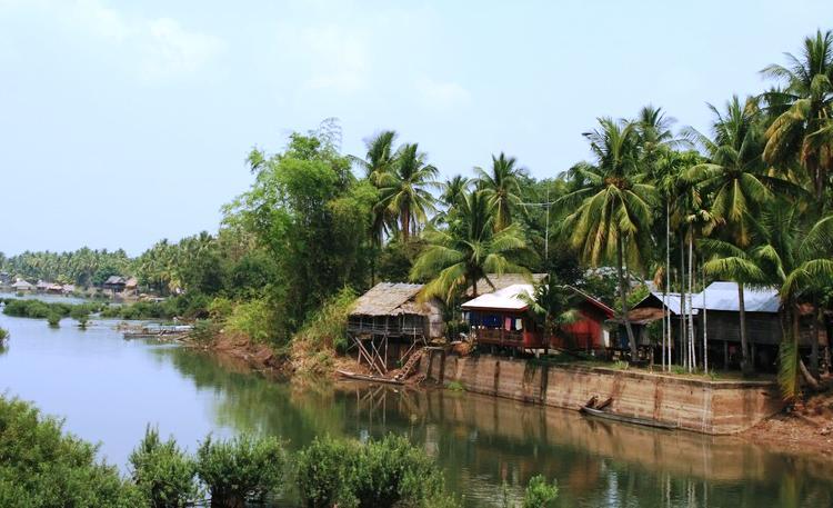 Si Phan Don Laos