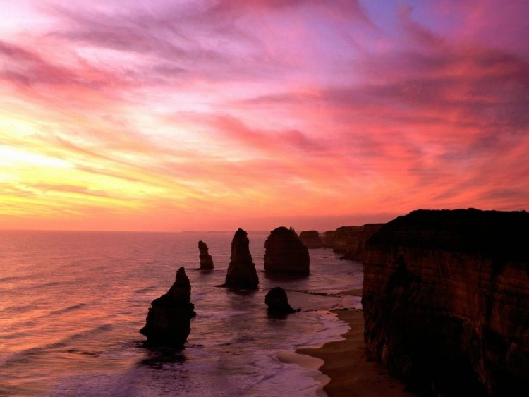 An Evening View Of Australias 12 Apostles