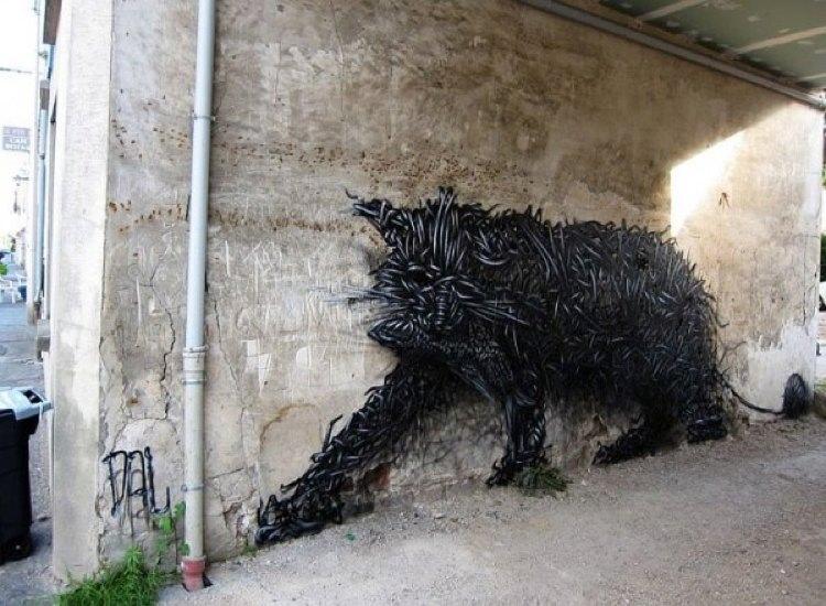 Wire Cats Street Art