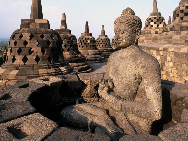 Amazing Worship Temples Borobudur
