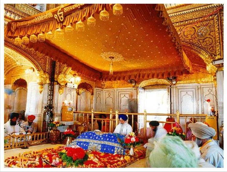 Places of Worship Golden Temple India