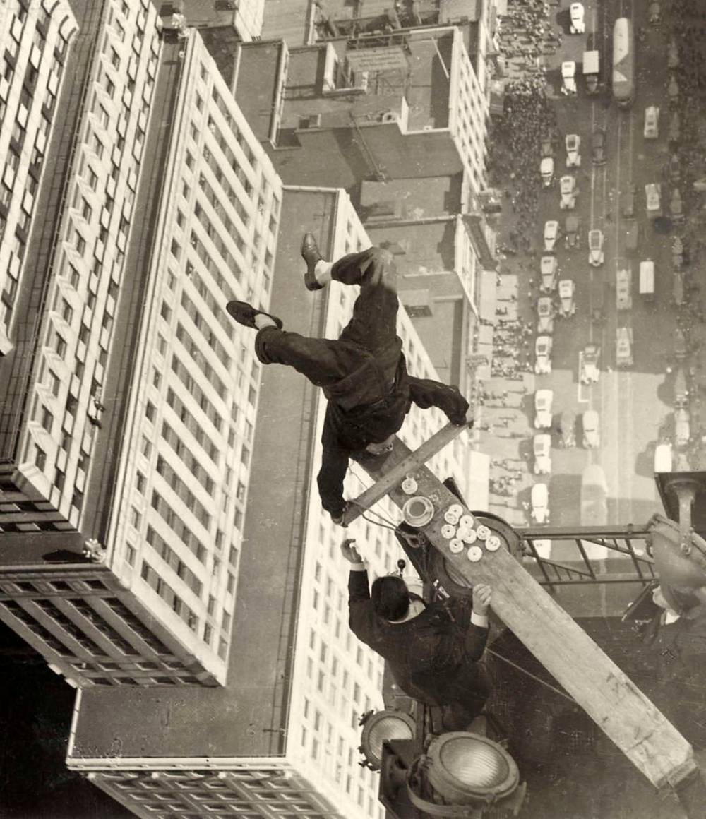harold lloyd skyscraper balance 1939 Harold Lloyds Incredible Balancing Act