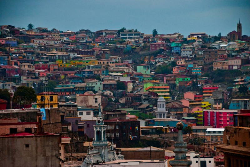 most-colorful-cities valparaiso 3