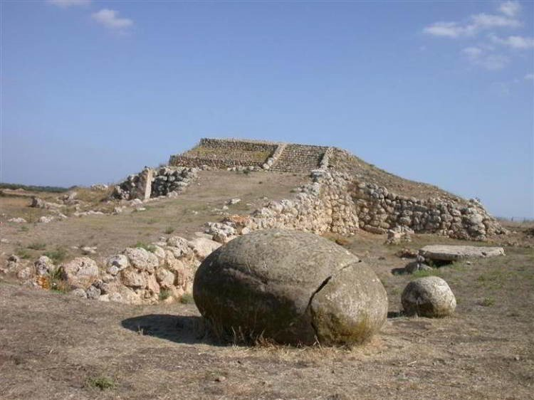 World's Oldest Structures Monte d'Accoddi