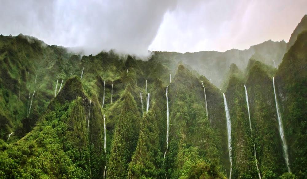 Thousand Waterfalls Photo Hawaii