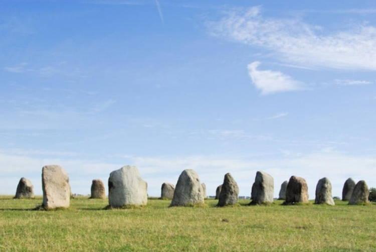 Unusual Cemeteries Ales Stone