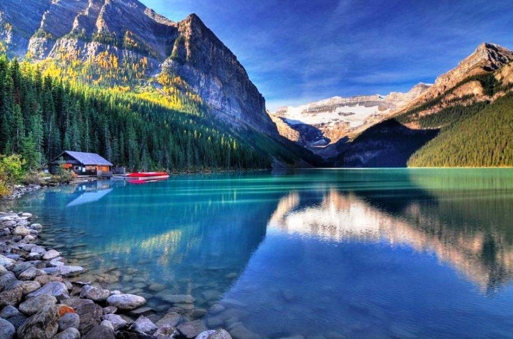 The Unperturbed Waters Of Lake Louise