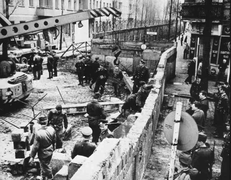 Άνοδος και πτώση του τοίχου του Βερολίνου