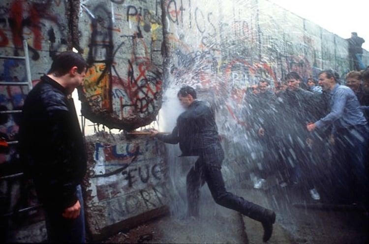 Ιστορία του τοίχου του Βερολίνου Πτώση του τείχους του Βερολίνου