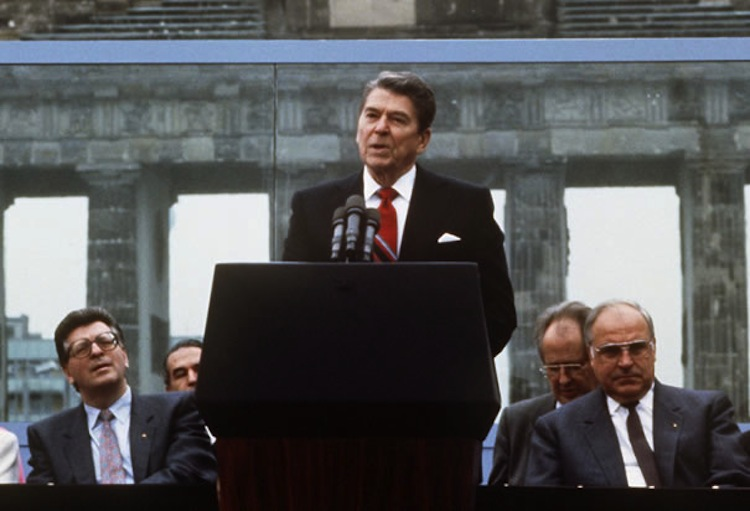 Ronald Reagan History Of The Berlin Wall