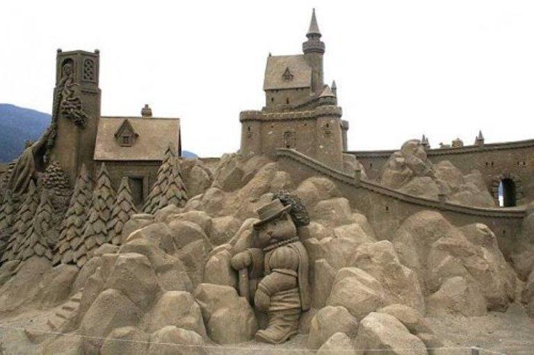 Sand Sculptors