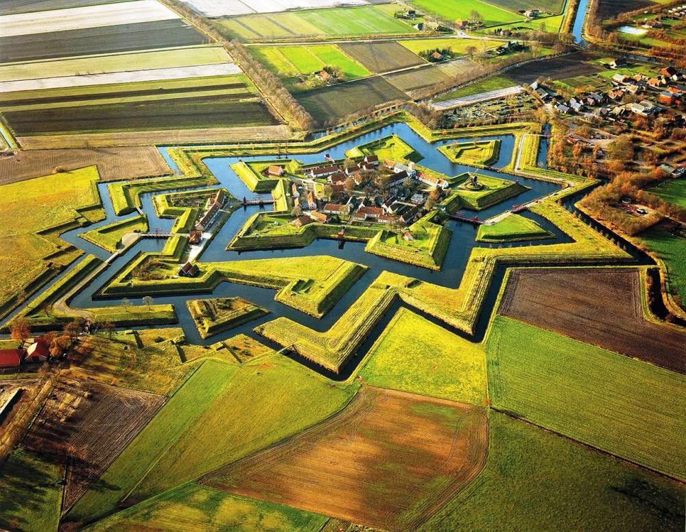 fort-bourtange-groningen-netherlands