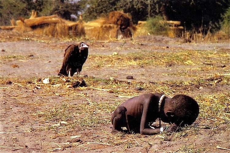 The Most Iconic Images Of The 1990s Sudan Child and Vulture