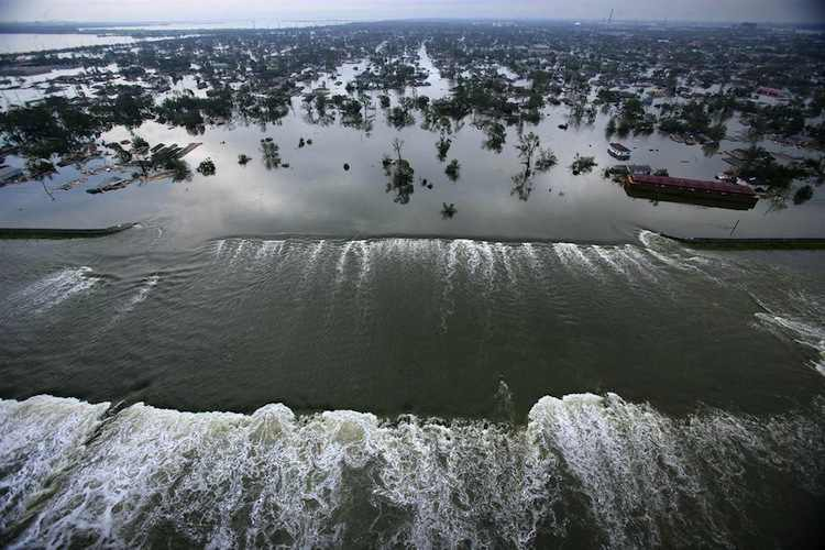 Hurricane Katrina Iconic Images Of The 2000s