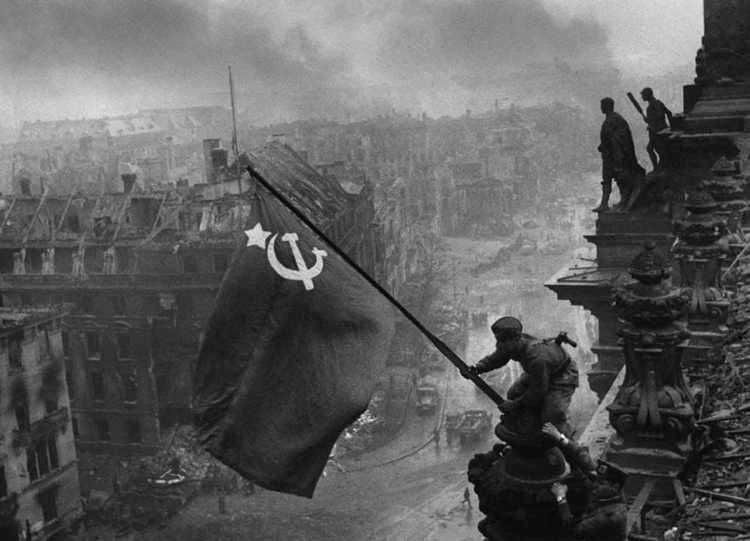 Reichstag Soviet Flag Raising