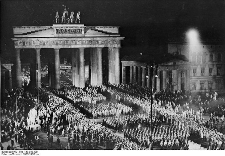 berlin-1930s-nazi-party-parade