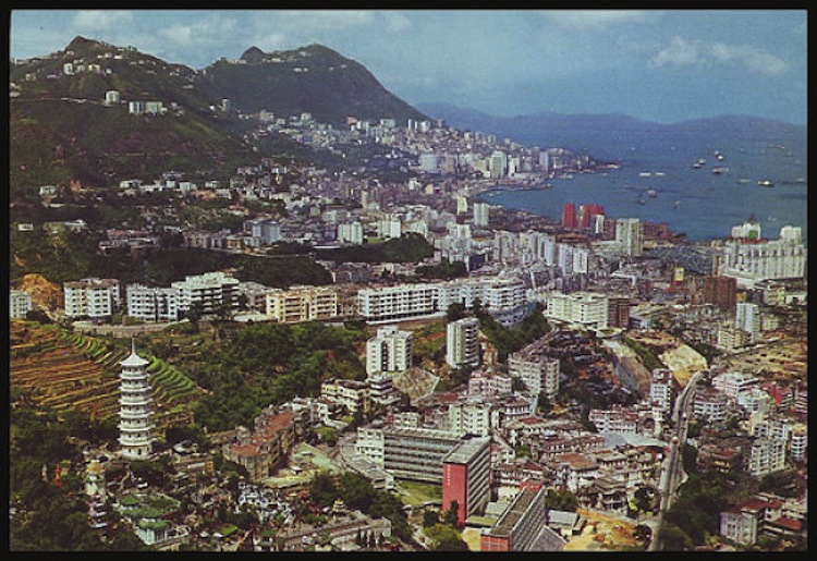 evolution-of-hong-kong-skyline-1970