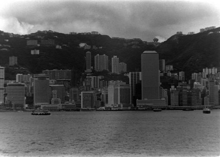 evolution-of-hong-kong-skyline-1970s