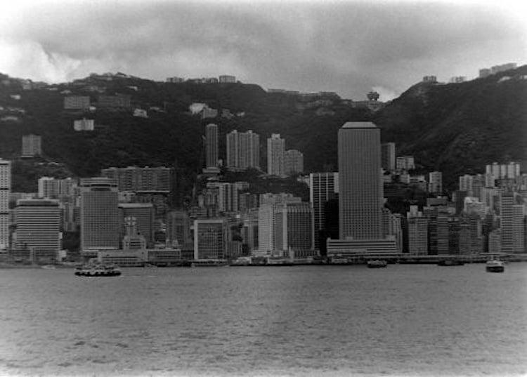 evolution-of-hong-kong-skyline-1970s