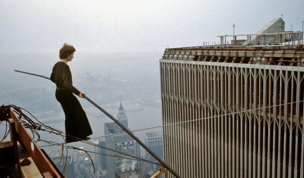 philippe-petit-crosses-world-trade-center-1974