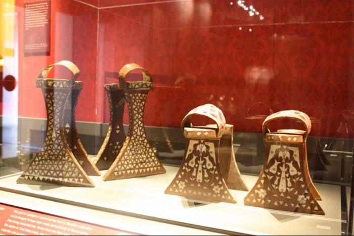 Qabaqib Footwear