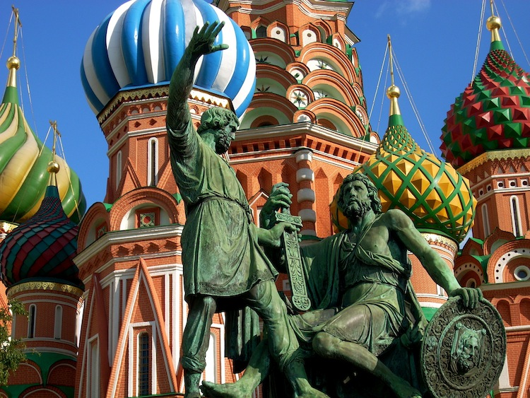 russia-architectural-marvels-st-basils-cathedral3