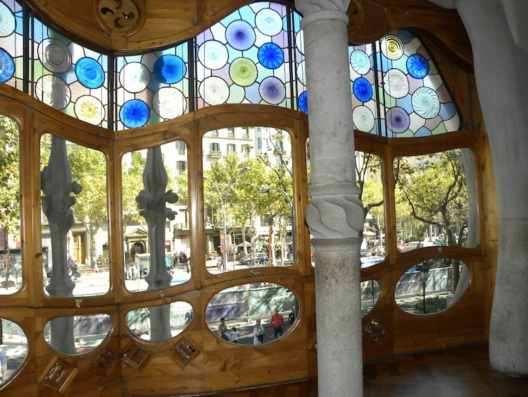 spain-architectural-marvels-casa-batllo4
