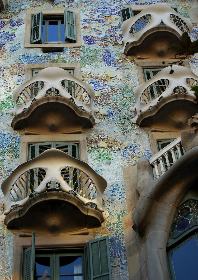 spain-architectural-marvels-casa-batllo5