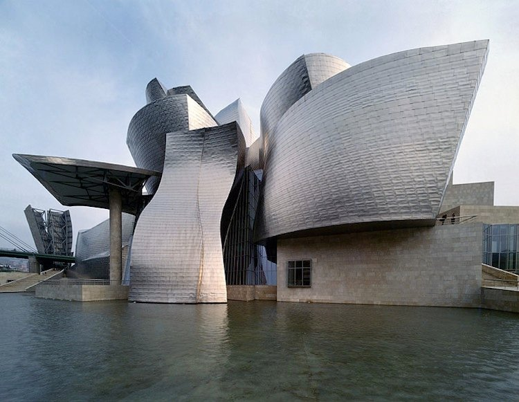 spain-architectural-marvels-guggenheim2