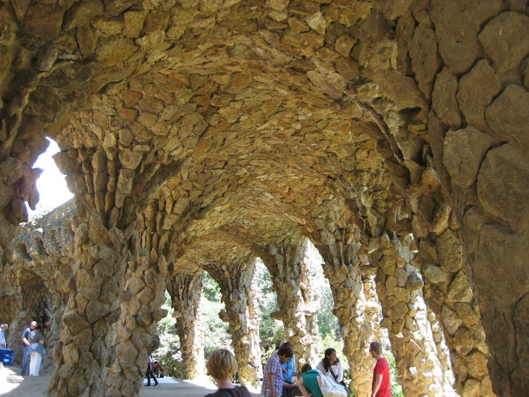 spain-architectural-marvels-park-guell2