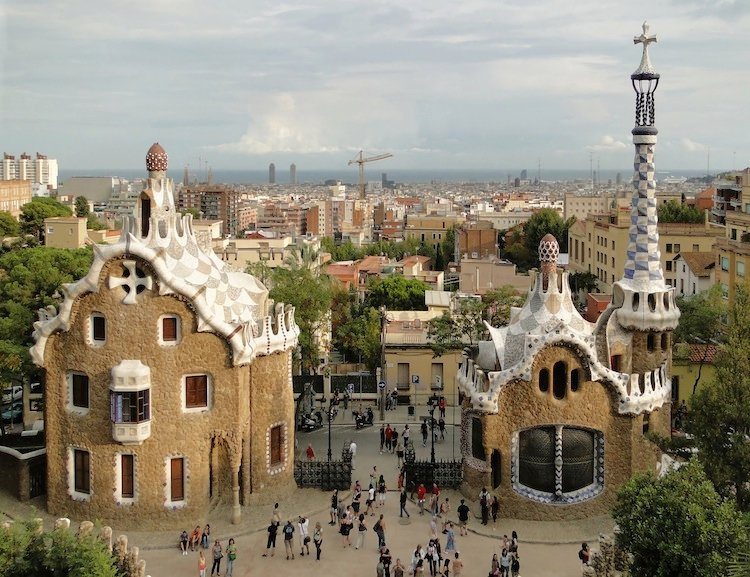 spain-architectural-marvels-park-guell3