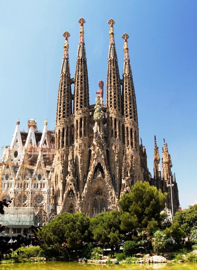 spain-architectural-marvels-sagrada2
