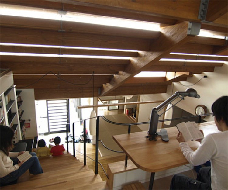 japan-architectural-marvels-stairs-house4