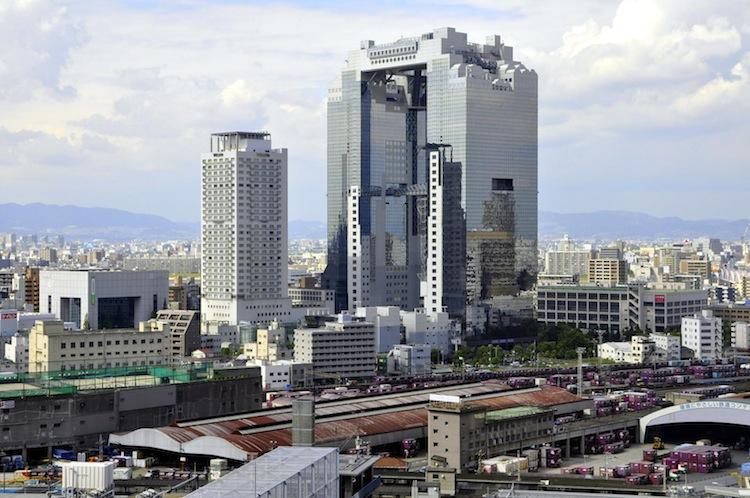 japan-architectural-marvels-umeda-sky-building2