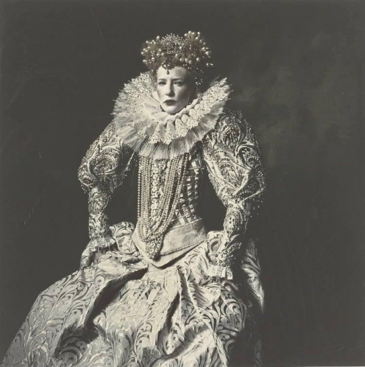 Elizabethan Skin Bizarre Beauty Trends