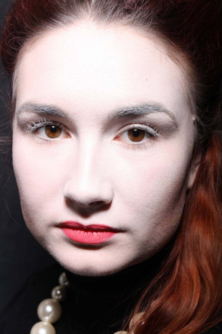 Elizabethan Pale Skin