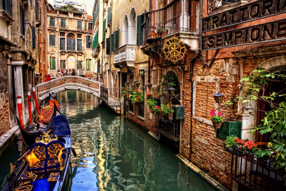 An Alley In Venice