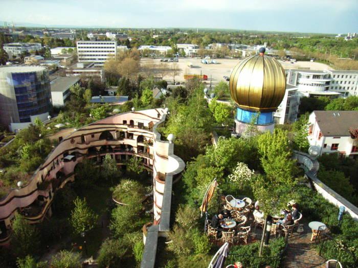 Waldspirale Peculiar Gardens