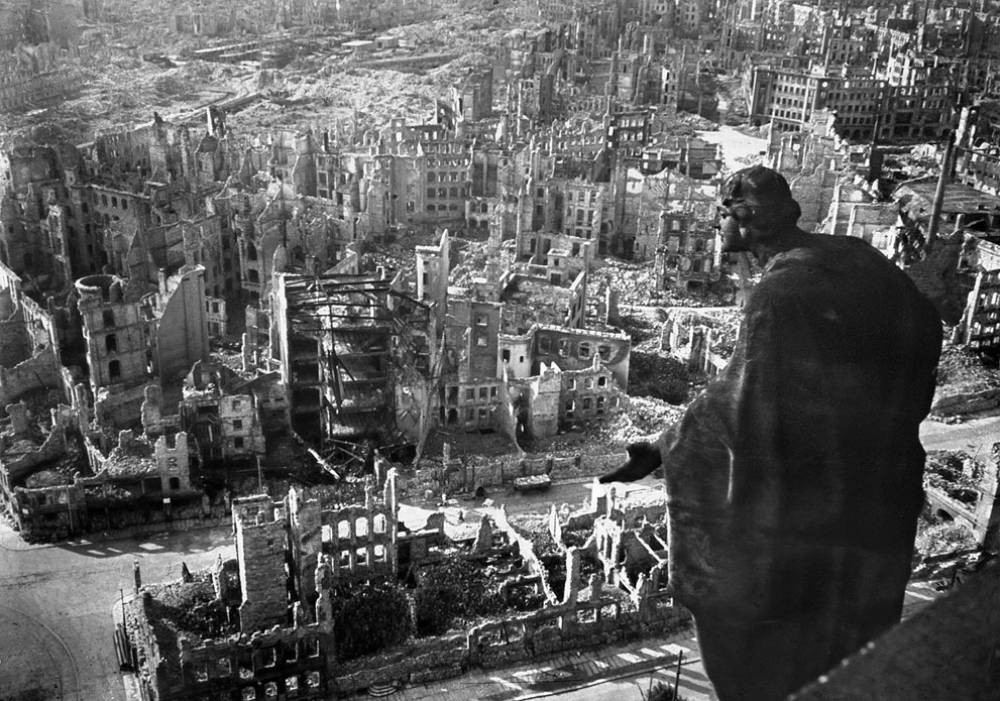 [Image: dresden-germany-february-1945.jpg]
