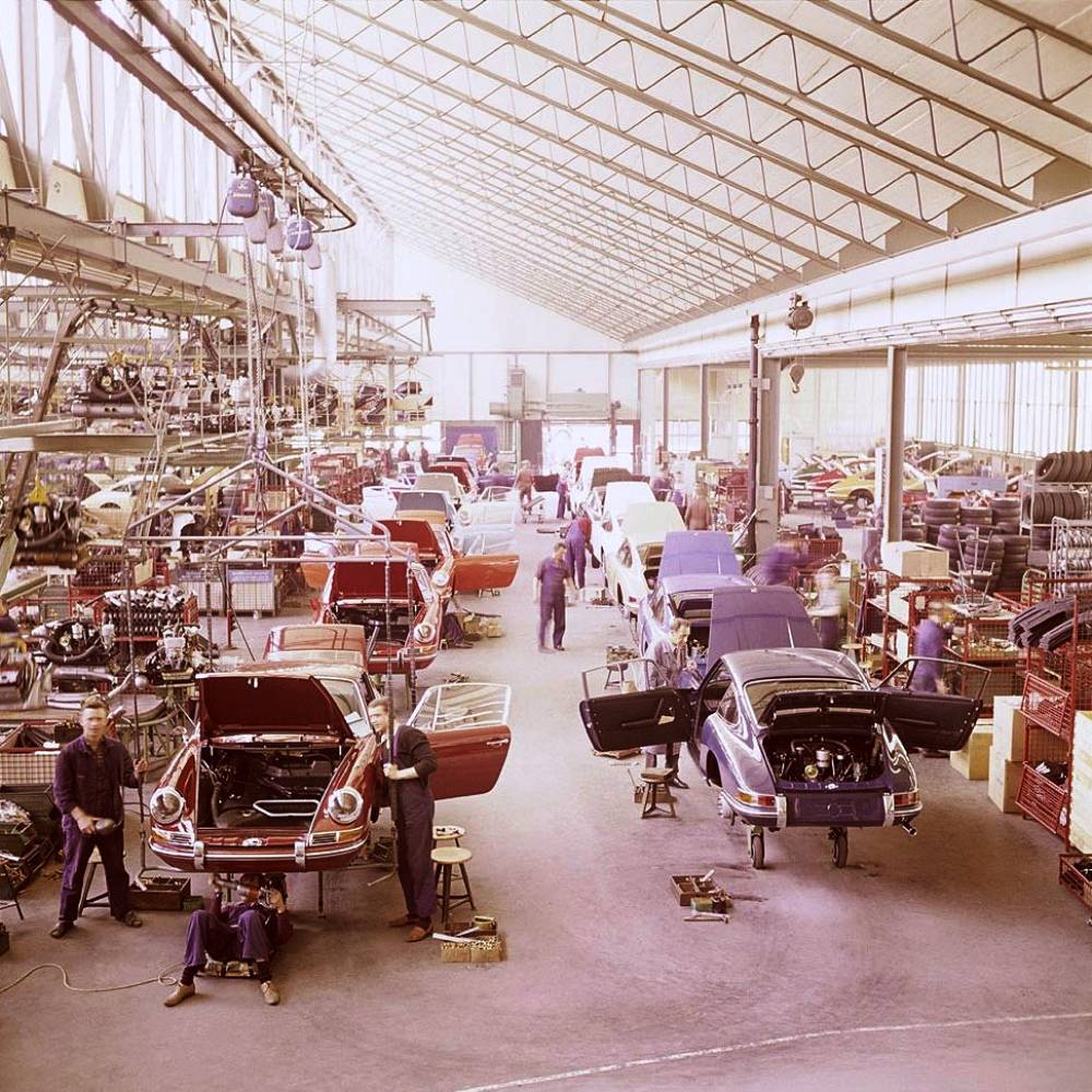 porsche factory 1970 A Luxurious Factory In The 1970s