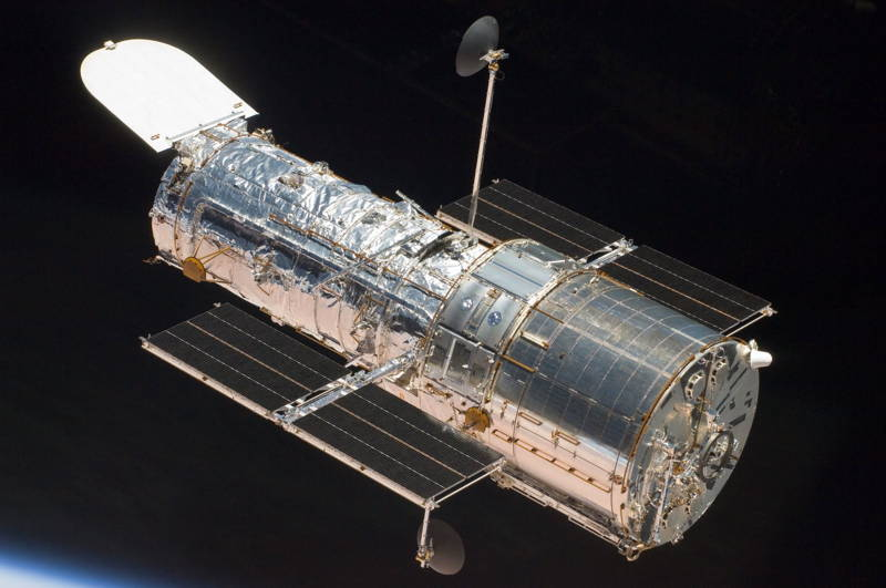 Amazing Modern Day Technological Wonders Hubble Telescope
