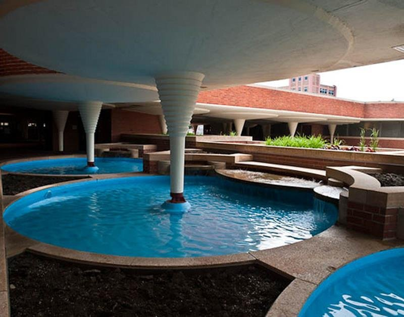 Frank Lloyd Wright Designs Johnson Wax Headquarters
